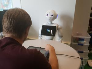 Trash-talking robotic actually bottoms people out