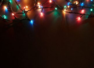 How to Decorate for the Holidays When You Don't Want To