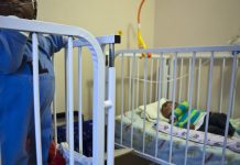 For HIV-Positive Babies, New Evidence Favors Starting Drug Treatment Just After Birth