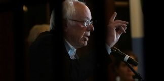 Bernie Sanders vows to break up huge ISPs and regulate broadband prices