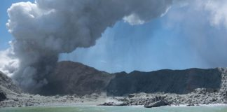 New Zealand volcano erupts, killing tourists on the island