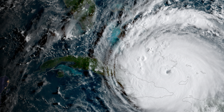 Hurricanes, climate change, and the decline of the Maya