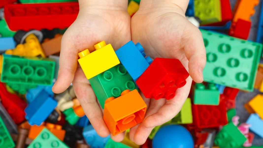 Let Your Kids Take a LEGO Bath