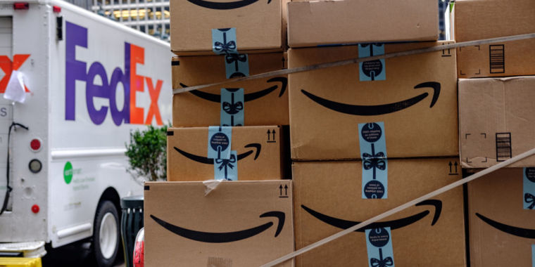 Amazon lifts ban on FedEx for third-party marketplace sellers