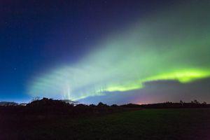 Strange newly discovered aurora looks like glowing green dunes