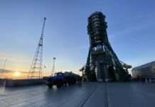 OneWeb amps up the satellite space race with its second launch