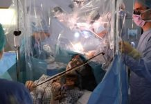 Musician Plays Her Violin During Brain Surgery