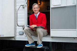 Tom Hanks channels Mister Rogers, thanks 'helpers' from coronavirus quarantine