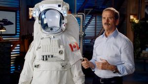 Astronaut Chris Hadfield shares tips for self-isolation during coronavirus