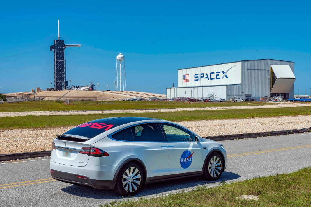 Tesla Model X, SpaceX, NASA And Apollo: Get Ready For This Week's Iconic 'Launch America' Event