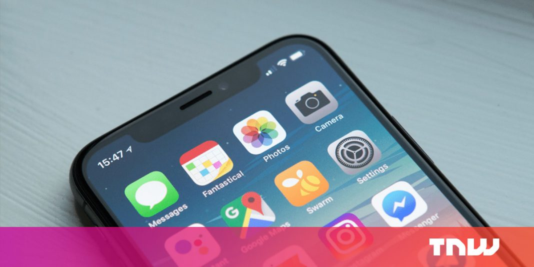How to move multiple iOS apps at once