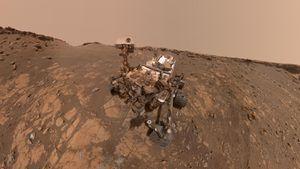 NASA Curiosity rover starts epic 'summer road trip' across Mars