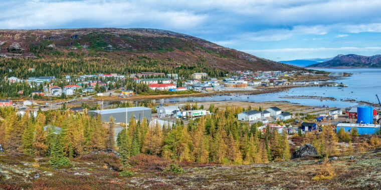How cell phones and Facebook are changing remote Nunatsiavut