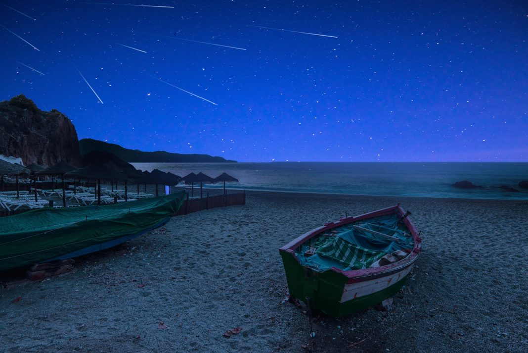 Perseid Meteor Shower In 3 Easy Steps: When And Where You Can See Spectacular 'Earth-Grazing' Shooting Stars