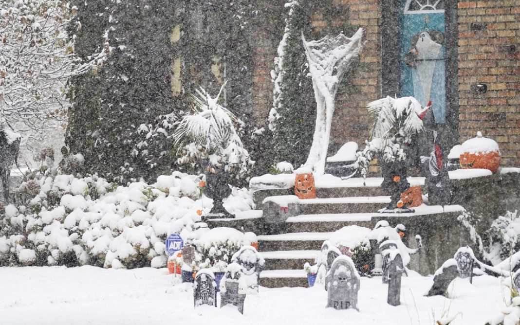 Record October Snows Will Continue This Week Across The Northern U.S.