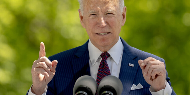 To entice vaccine-hesitant, Biden touts maskless activities for vaccinated