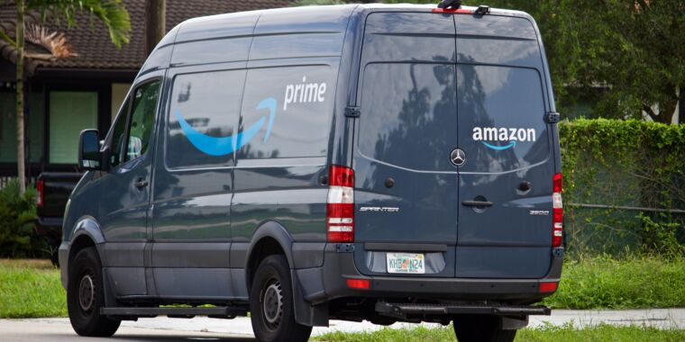 Amazon admits its drivers sometimes have to pee in bottles